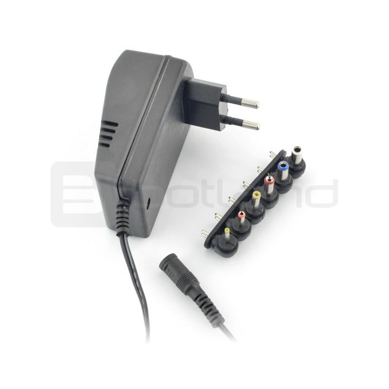 Power supply multi-range Voice Kraft 3V-12V / 1,2A