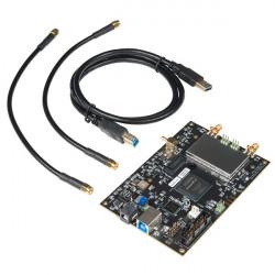SparkFun bladeRF x40 - urządzenie do badania fal radiowych