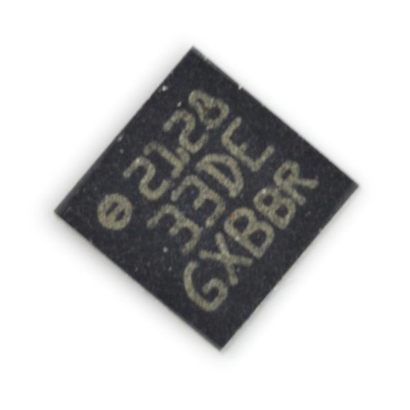 3-axis accelerometer, digital LIS33DE*