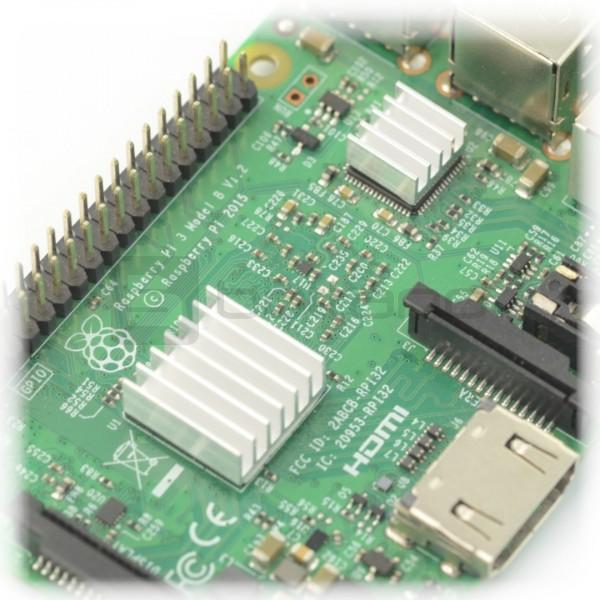 Zestaw radiatorów do Raspberry Pi z taśma termoprzewodzącą - 3szt