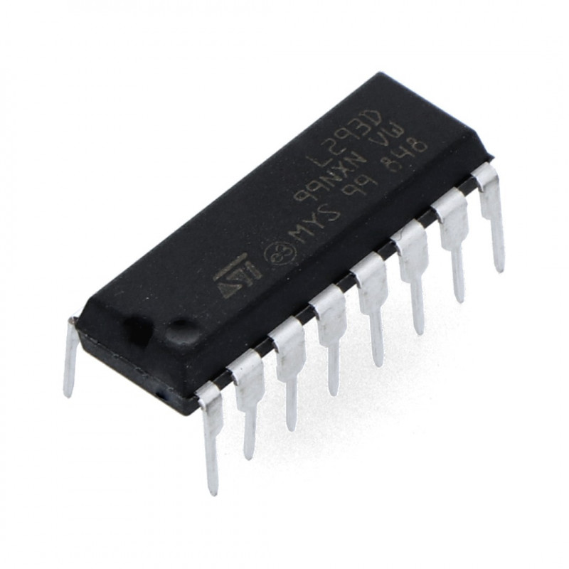 L293D - two-channel 36V / 0.6A motor driver