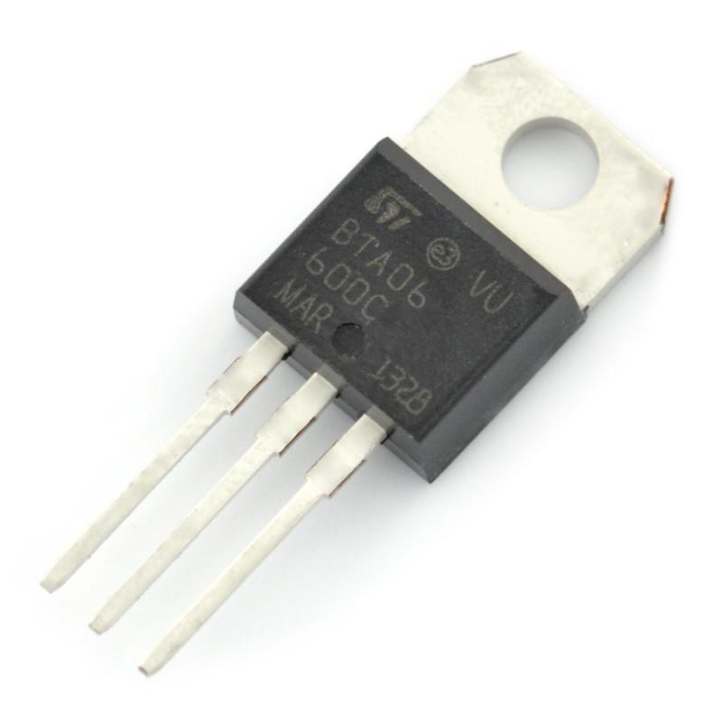 Triac BTA06-600C 600V/6A - THT_