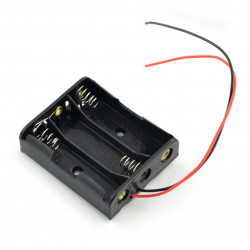 Koszyk na 3 baterie typu AA (R6)