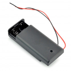 Koszyk na 2 baterie typu AA (R6) z pokrywą i włącznikiem