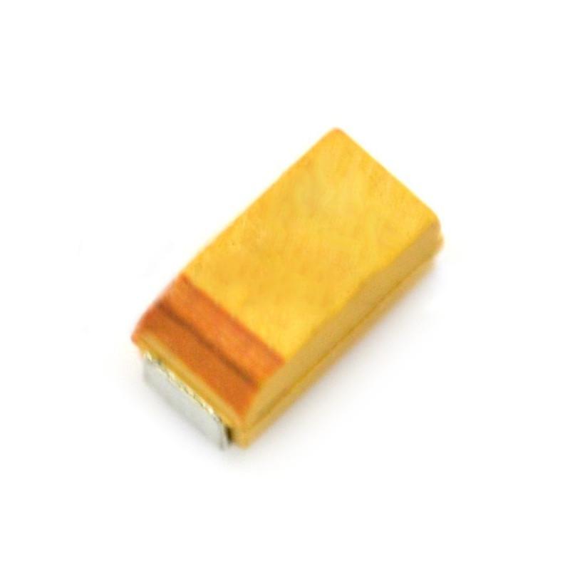 Tantalum capacitor 10uF / 10V SMD*