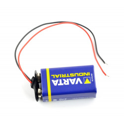 Zatrzask do baterii
