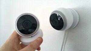 Kamery IP to praktyczny element wyposażenia inteligentnego budynku