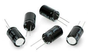 Kondensator elektrolityczny 4700uF/25V 16x25mm 105C THT