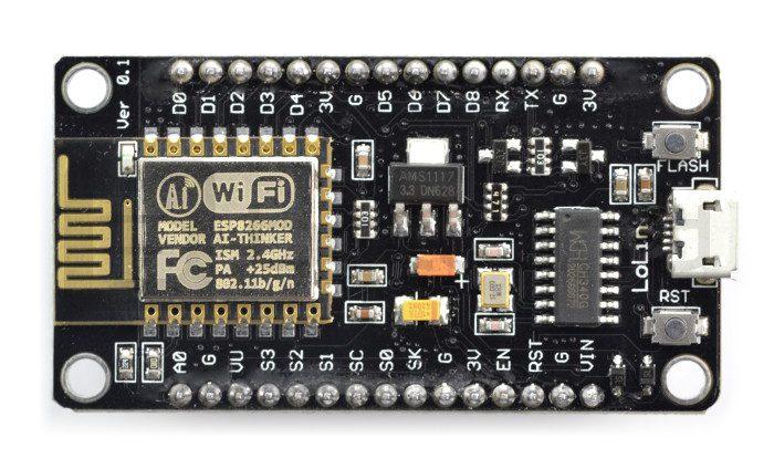 NodeMCU v3 i układ ESP8266