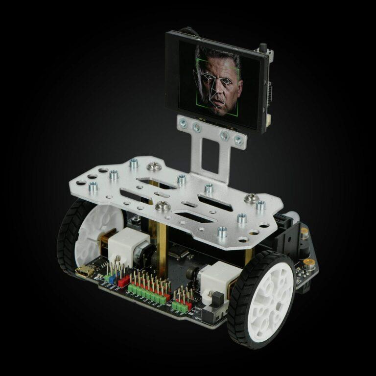 Robot Maqueen i rozpoznawanie twarzy - okładka artykułu Botland Blog