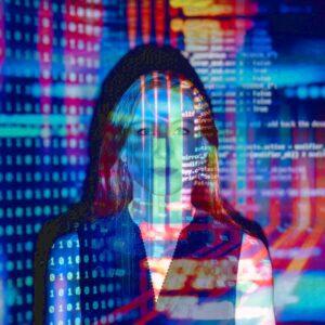 Kodowanie i programowanie - okładka artykułu, kobieta